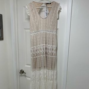Boohoo ivory lace over nude maxi dress size12